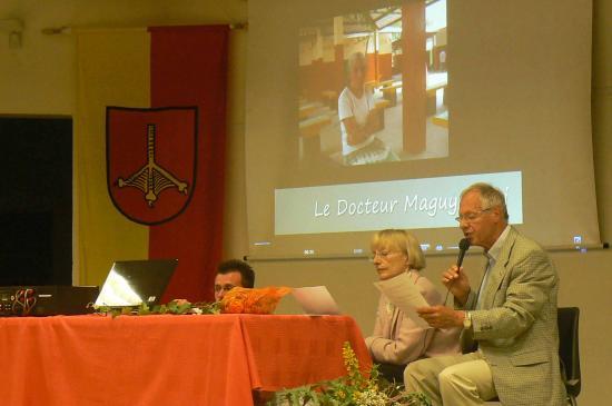 16-présentation par Joëlle et Peter du Bekamba